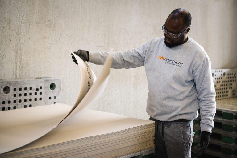 Controllo prodotti industria della carta